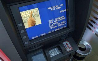 Tips Agar Uang Tidak Dicolong Saat Menggunakan ATM Seperti Kasus BRI