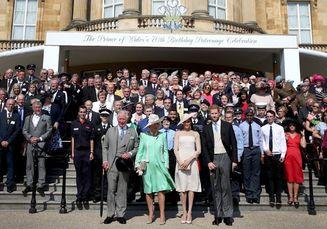Anggunnya Penampilan Perdana Meghan Markle Setelah Resmi Menikah dengan Pangeran Harry