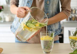 4 Menu Infused Water yang Bisa Menghidrasi Tubuh Saat Sahur dan Berbuka!