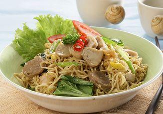 Disebut Mi Panjang Umur, 5 Resep Serba Mi Goreng Ini Cocok Banget Disajikan Untuk Makanan Imlek!