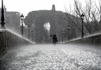 Berbahayakah Minum Air Hujan? Penelitian Ini Tunjukkan Hasil yang Mengejutkan!