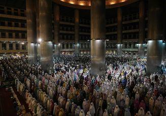 Selama Ramadan, Sampah di Masjid Istiqlal Naik Dua Kali Lipat. Apa Penyebabnya?