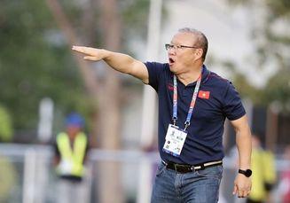 Saat Lawan Timnas U-22 Indonesia,  Pelatih Veteran Vietnam Rasakan Keanehan dari Park Hang-seo