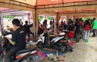 Tekiro dan Kampus ITS, Gelar Service Gratis Ratusan Mobil dan Motor di Surabaya