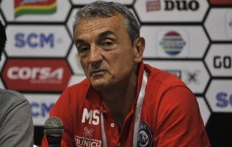 Performa Arema FC Menurun, Ini Alasan Milomir Seslija