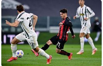 Hasil Babak I - Gol di Injury Time Bawa AC Milan Ungguli Juventus