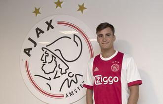 Lirik Bek Kiri Ajax, Inter Milan Siap Nyalakan Nuansa Argentina Lagi