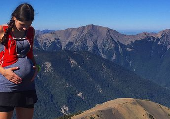 Mendaki Gunung saat Kondisi sedang Hamil, Bolehkah Moms?
