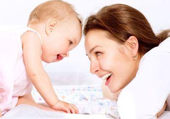 Tanda-tanda Bayi Sehat dan Tumbuh Kembangnya Normal. Bisa Cek Sendiri di Rumah!