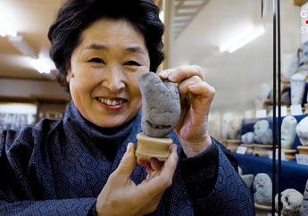 Museum Batu Berwajah Manusia Unik di Jepang, Moms Wajib Mampir!
