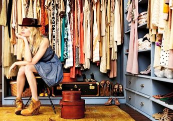 Sering Merasa Tak Memiliki Baju Meski Lemari Penuh? Ternyata Ini Alasannya