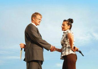 4 Hal yang Bikin Kepercayaan Orang Lain Hilang