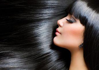 Rambut Sering Lepek dan Bau? Atasi dengan 3 Bahan Alami Yuk