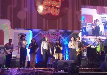 Grup Band Polres Metro Bekasi Kota Jadi Pembuka Grand Final Bekasi Got Talent 2018