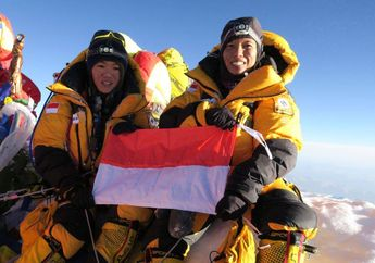 Ke Puncak Everest Hingga Base Camp, Tim WISSEMU Berjalan 22 Jam