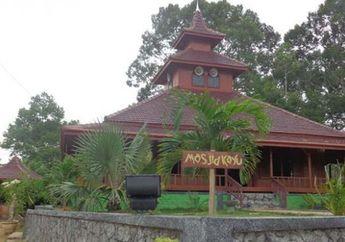 Baitul Hajj, Masjid Unik yang Terbuat dari Kayu di Desa Tuantunu