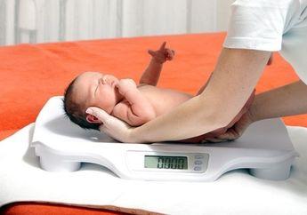 Berat Badan Bayi Tidak Naik, Apakah Berbahaya untuk Tumbuh Kembangnya?