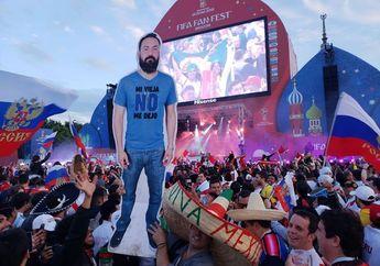 Kocak, Tak Diizinkan Istri untuk Nonton Piala Dunia, Pria Ini Tetap Datang Dalam 'Wujud Lain'