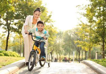 Yuk Moms, Kenali Tahap Perkembangan Si Kecil di Usia 4-5 Tahun