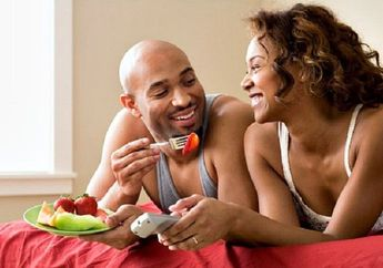 Wahai Wanita, Suruh Pasanganmu Mengonsumsi Ini Agar Vitalitasnya Tahan Lama