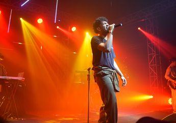 Cerita Di Balik Konser Serba Mandiri ala Teddy Adhitya