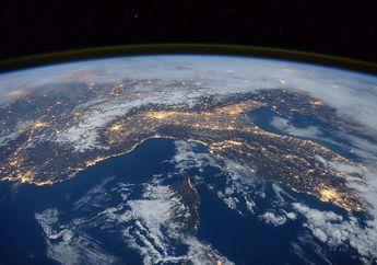 Bumi Terus Bergerak, Berapa Kecepatannya?