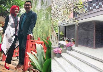 Berhias 30 Ribu Botol, Cobain Sensasi Menginap di Rumah Ridwan Kamil