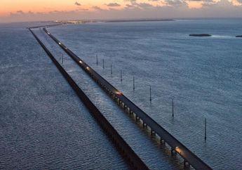 Ancaman Kenaikan Permukaan Air Laut: Musnahnya Jaringan Internet