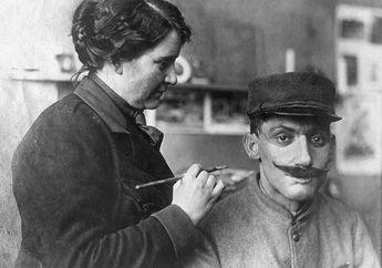 Di Era Perang Dunia 1 Ada Seorang Cewek Pembuat Topeng Untuk Prajurit Yang Mukanya Rusak