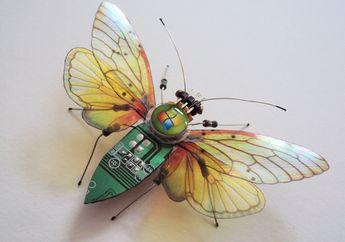 Begini Jadinya Jika  Komponen Komputer Bekas Dibuat Jadi  'Serangga'