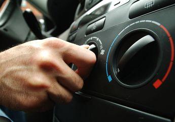 Nyalakan AC Mobil Dianggap Bikin Boros Bensin, Ini Fakta Sebenarnya!