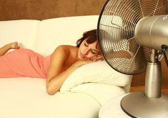 Dinilai Tak Sehat, Ternyata Inilah 4 Manfaat Tidur Sambil Nyalakan Kipas Angin