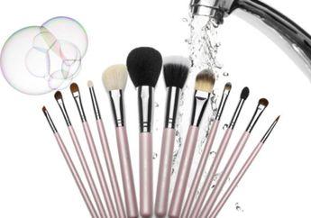 6 Rekomendasi Brush Cleanser Mulai dari Harga 45 Ribu Rupiah