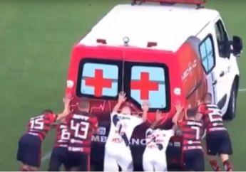 Video: Hendak Bawa Pesepakbola yang Cedera, Mobil Ambulans Ini Malah Mogok di Lapangan