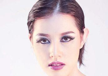 Elegan nan Seksi, Ini 6 Cara Mudah Bikin Dark Makeup Touch di Wajah