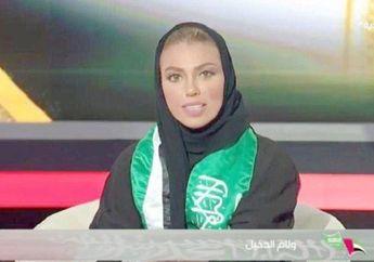 Inilah Perempuan Pertama yang Tampil Sebagai Pembawa Berita di Arab Saudi