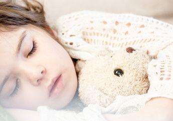 Mimpi Buruk dan Teror Malam Bisa Dialami Si Kecil, Ini Perbedaan dan Cara Mengatasinya