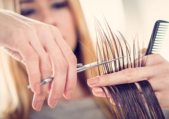 Mana yang Lebih Baik, Sering-Sering Potong Rambut atau Jarang?