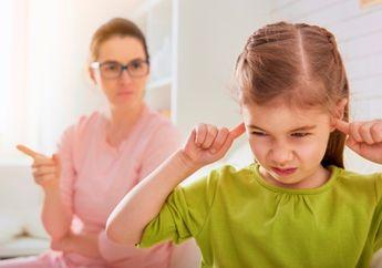 Begini Cara Menenangkan Anak yang Sedang Marah Tanpa Perlu Ikut Emosi