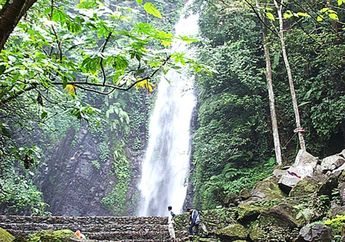 Mengunjungi Air Terjun dan Makam 'Kakek Bodo' di Tretes Jawa Timur
