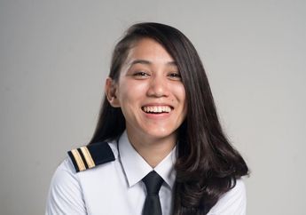 Jangan Pandang Sebelah Mata, Gaji Pilot Perempuan Cantik Ini Lebih dari Jokowi!