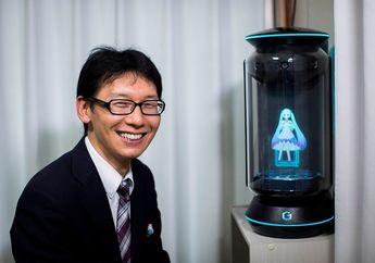 Enggan dengan Manusia, Pria Jepang ini Nikahi Perempuan Hologram