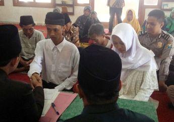 Pernah Membuang Bayi, Pasangan Asal Jombang Ini Terjerat Hukuman Pidana dan Terpaksa Menikah di Masjid Mapolres Jombang