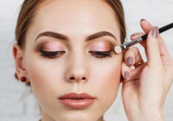 Rekomendasi Eye Primer untuk Kulit Berminyak Agar Eyeshadow Tahan Lama