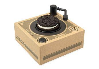 Unik Nih, Turntable Mini Ini Bisa Muterin Musik dari Biskuit Oreo