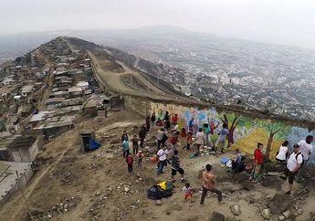Meski Terlihat Kokoh, Tembok Ini Ternyata Adalah Pemisah Antara Orang Kaya dan Orang Miskin