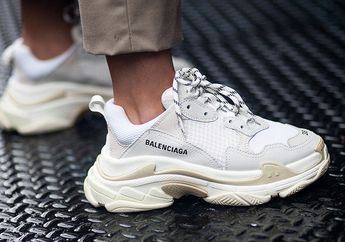 Pakai Sneakers Tanpa Kaos Kaki Ternyata Punya Dampak Lebih Parah dari yang Kalian Pikir