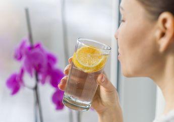 Bukannya Sehat, Minum Air Hangat dengan Perasan Lemon Malah Berbahaya