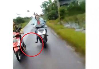 Video Anak Remaja Naik Motor Petakilan, Endingnya Nggak Nyangka, Bikin Ngakak!