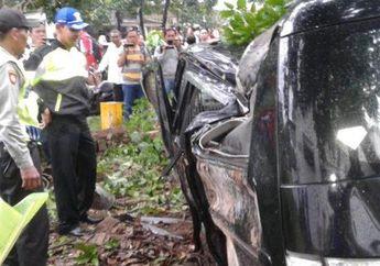 Nyalip Motor, Mobil Berisi Duit Rp 700 juta Kecelakaan, Kok Bisa?